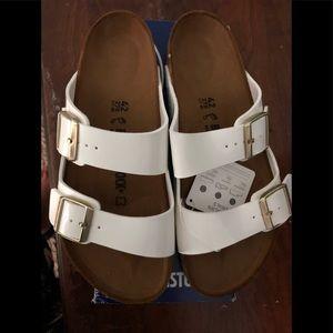 Birkenstock Arizona white patent sandal 42